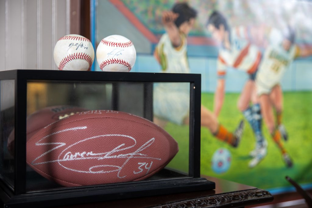 Find Out What Your Sports Memorabilia is Worth With an Appraisal